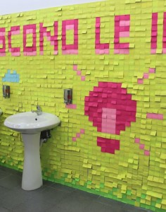 Post it colorati wc